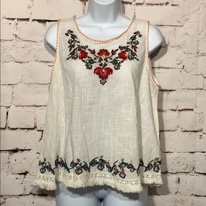 🆕Max Studio Boho Embroidered Top, Size M